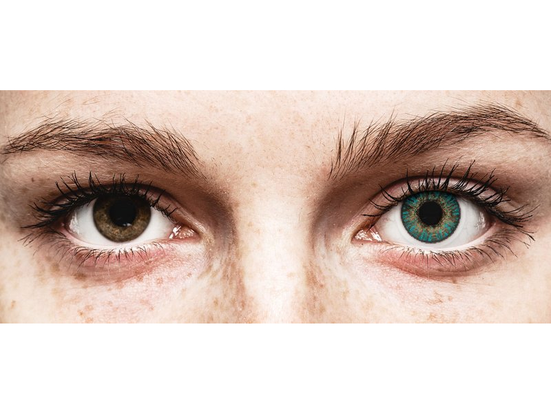 Turquoise контактные линзы - FreshLook ColorBlends - С диоптриями (2 месячные контактные линзы)
